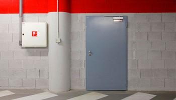 Что такое технические двери?